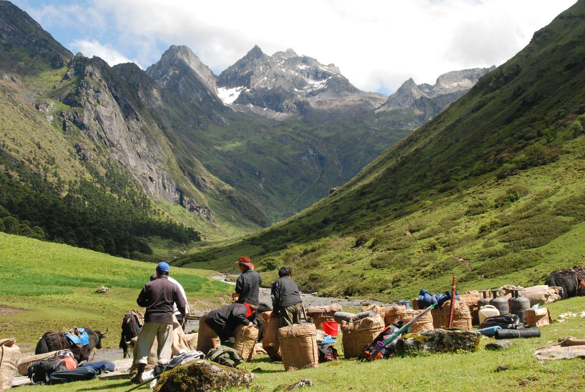 Trekking tour in Bhutan