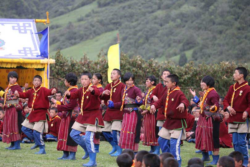 Around Bhutan From East To West In 16 Days Tour. Go to Bhutan.