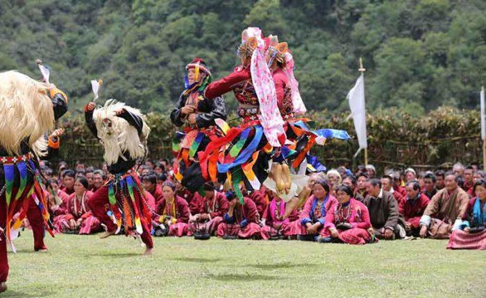 yak dancers of merak