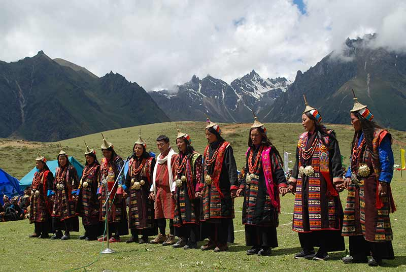 Highland people of Laya